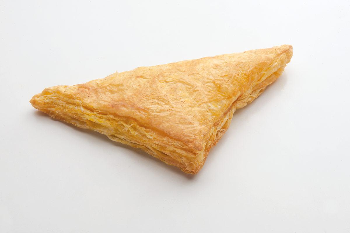 Γαλλική τυρόπιτα τρίγωνη