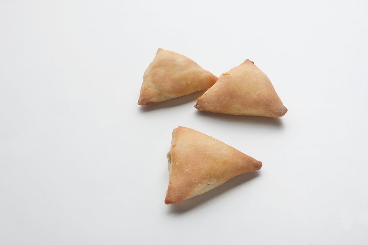 Σπανακοτυροπιτάκι τρίγωνο