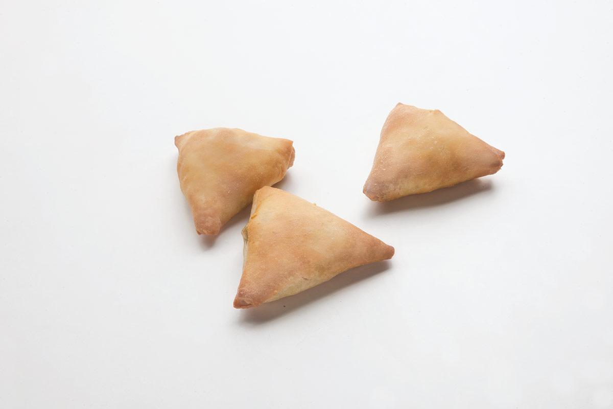 Σπανακοπιτάκι τρίγωνο
